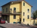 Immagine di Due appartamenti al piano primo e secondo con cantina e garage in Quattro Castella (RE)
