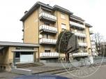 Immagine di Appartamento al piano primo con cantina ed autorimessa in Luzzara (RE)