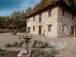 Immagine di Immobile al piano terra e primo con area cortiliva, forno e ripostiglio in Villa Minozzo (RE)