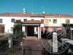 Immagine di Abitazione su tre livelli con autorimessa in Boretto (RE)