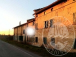 Immagine di Due fabbricati ex rurali con area cortiliva in Cogruzzo, Castelnovo di Sotto (RE)