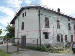Immagine di Fabbricato residenziale, da terra a tetto, costituito da due alloggi ed area cortiliva in Vetto d'Enza (RE)