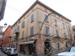 Immagine di Appartamento al piano terzo di storico fabbricato con cantina in Reggio Emilia (RE)
