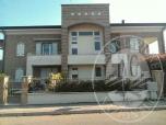 Immagine di Appartamento al piano primo e secondo con garage e posto auto scoperto in Casalgrande (RE)