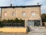Immagine di Appartamento al piano terra con autorimessa in Poviglio (RE)