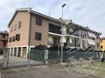 Immagine di Appartamento al piano primo con area cortiliva, cantina e garage in Reggio Emilia (RE)