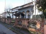 Immagine di Casa unifamiliare su 2 livelli con autorimessa ed area cortiliva in Reggiolo (RE)