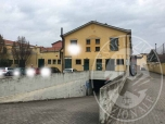Immagine di Appartamento al piano terra con area cortiliva interna e garage in Novellara (RE)