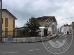Immagine di Area urbana con sovrastante locanda / ristorante in Marmirolo (MN)