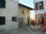Immagine di Porzione di immobile ad uso abitativo su due livelli con deposito in Cadelbosco Sopra (RE)