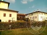 Immagine di Unita' abitativa al piano primo con posto auto coperto in Desenzano (BS)