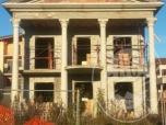 Immagine di Terreno edificabile con immobile in corso di costruzione in Brescello (RE)