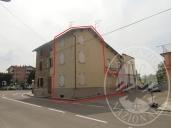 Abitazione su tre livelli con cantina in Scandiano (RE)