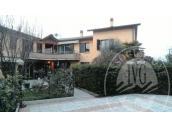 Appartamento al piano terra residenziale plurifamiliare in Reggio Emilia (RE)
