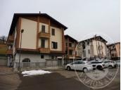 Appartamento al piano secondo con autorimessa e due cantine in Viano (RE)