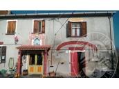 Abitazione su due piani con autorimessa in Boretto (RE)