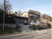 Abitazione al piano primo e laboratorio in Toano (RE)