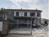 Abitazioni con terreno agricolo in Brescello (RE)