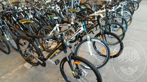 128 biciclette da uomo, donna e bambino marca Merida