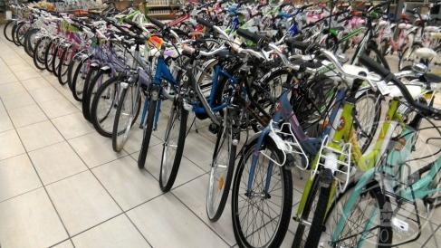 580 biciclette da uomo, donne bambino marche diverse