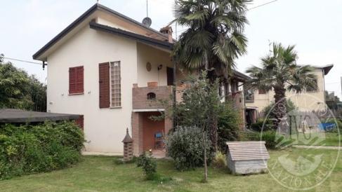 Abitazione composta da piano terra e primo piano in Reggiolo (RE)