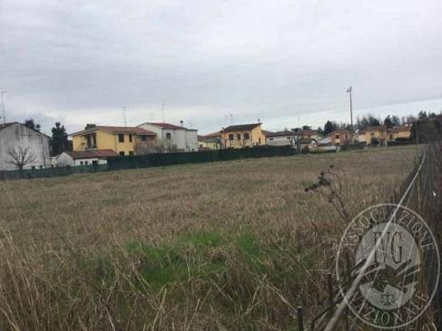 Terreno edificabile urbanizzato a destinazione residenziale in Suzzara (MN)