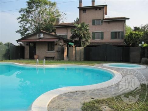 Abitazione e autorimessa in Reggio Emilia