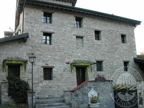 Prestigiosa dimora costituita da unita' abitativa in Vezzano sul Crostolo (RE)