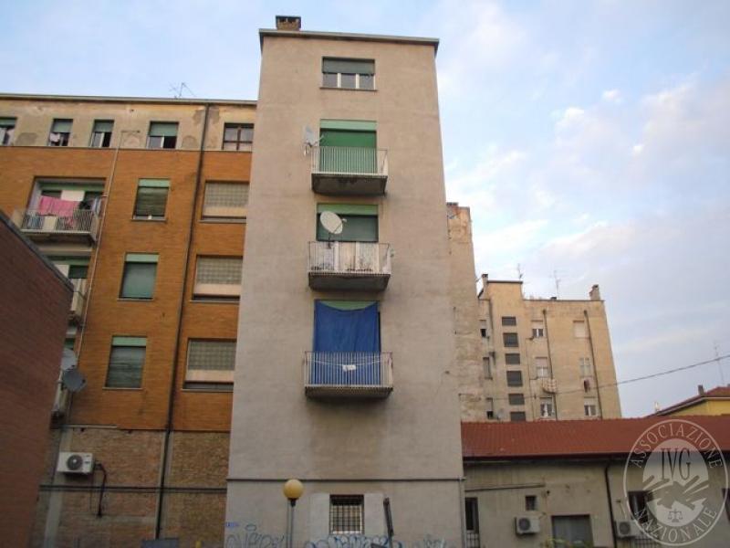 Appartamento posto al secondo piano con annessa cantina al - Posto letto reggio emilia ...