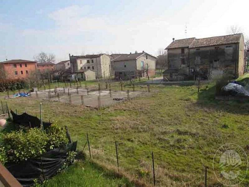 Appezzamenti di terreno edificabile in gualtieri re - Gualtieri mobili reggio emilia ...